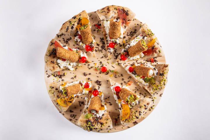 """Pizza Gourmet: """"Cannolo Siciliano"""""""